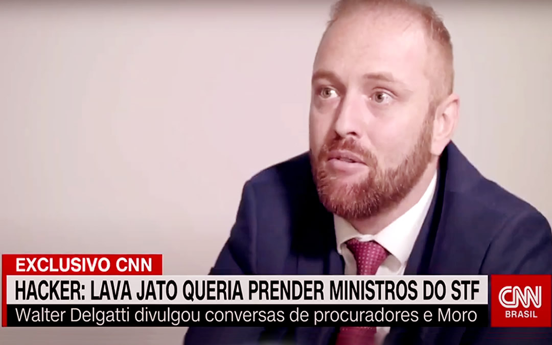 """Em entrevista à CNN Brasil, hacker diz que Lula era o """"foco"""" de Moro e Dallagnol"""